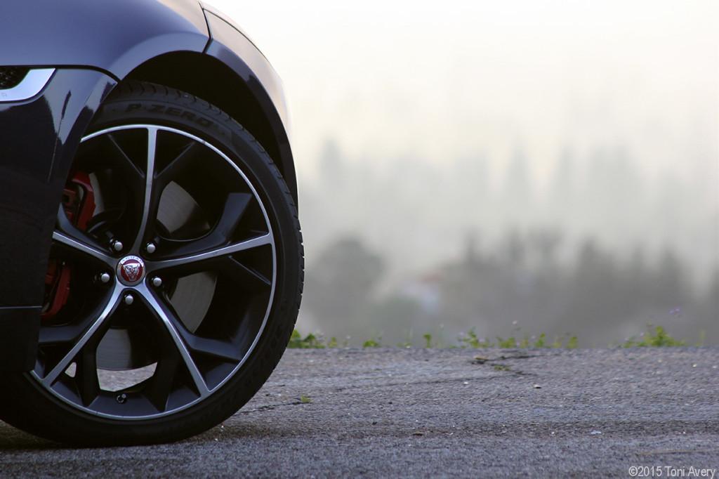 F-Type R wheel