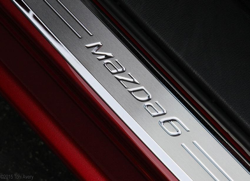 Mazda6 doorsill