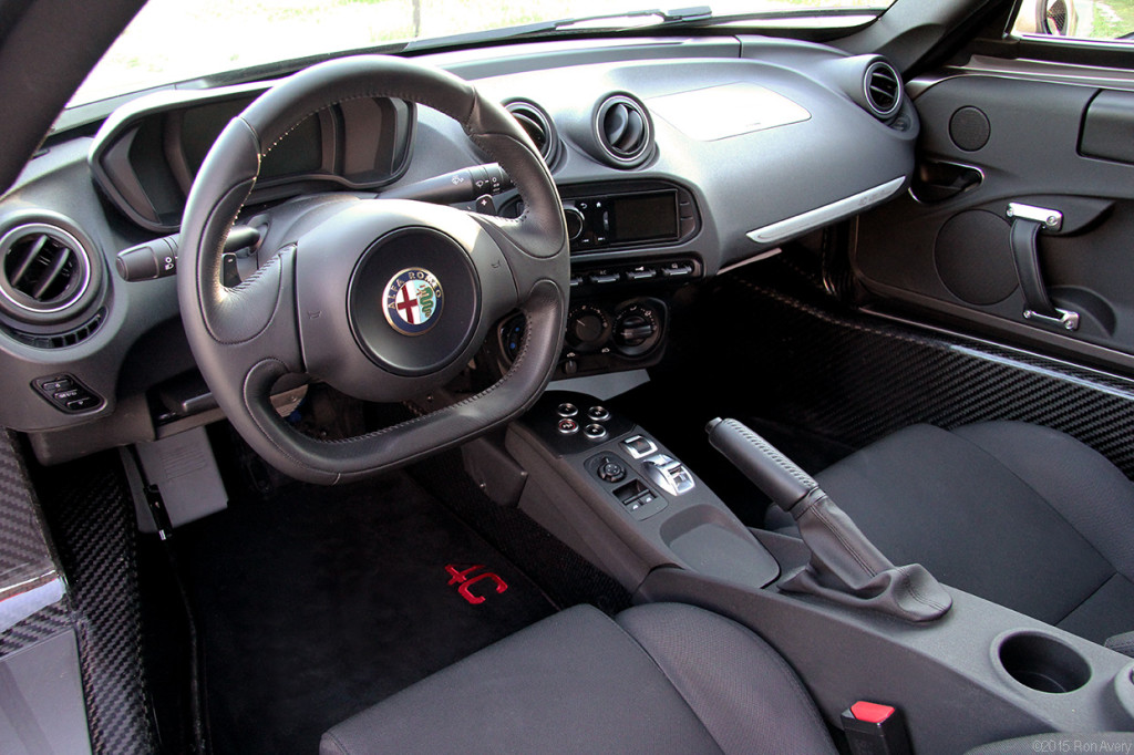 4C overall interior