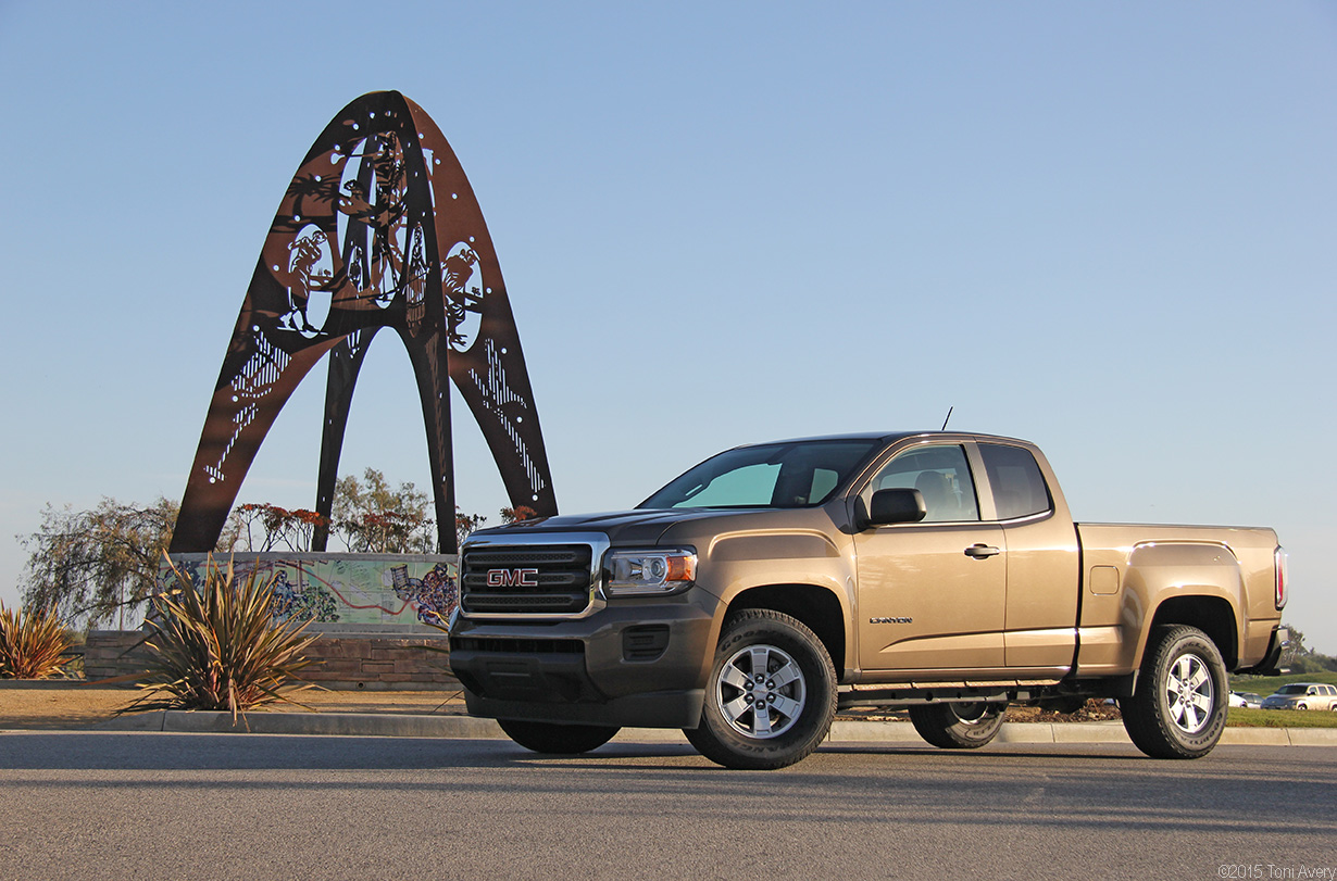 2015 GMC Canyon 2WD EXT Cab Pickup Review