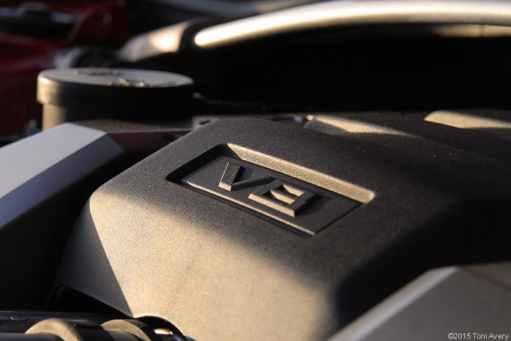 2015 Chevrolet Camaro SS 1LE engine