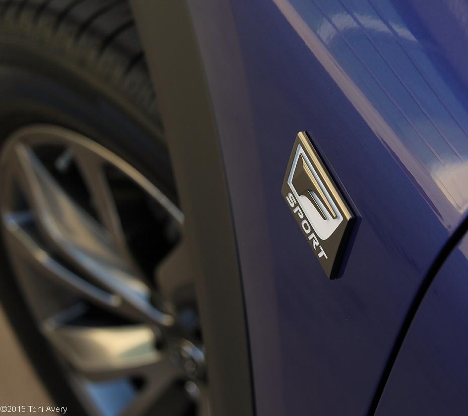 2015 Lexus NX 200t F Sport badge