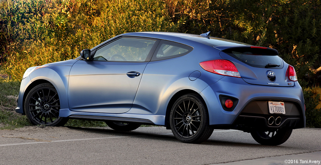 girlsdrivefasttoo 2016 hyundai veloster rally edition review. Black Bedroom Furniture Sets. Home Design Ideas