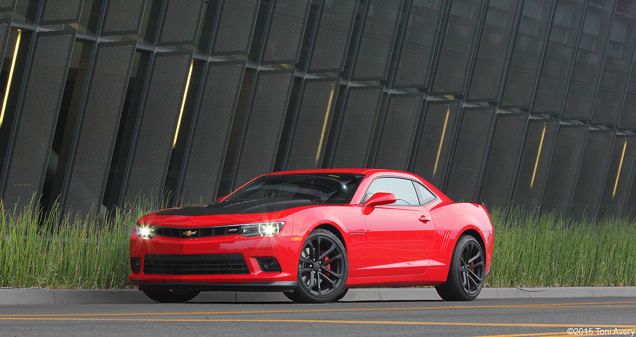 2015 Chevrolet Camaro SS 1LE Review