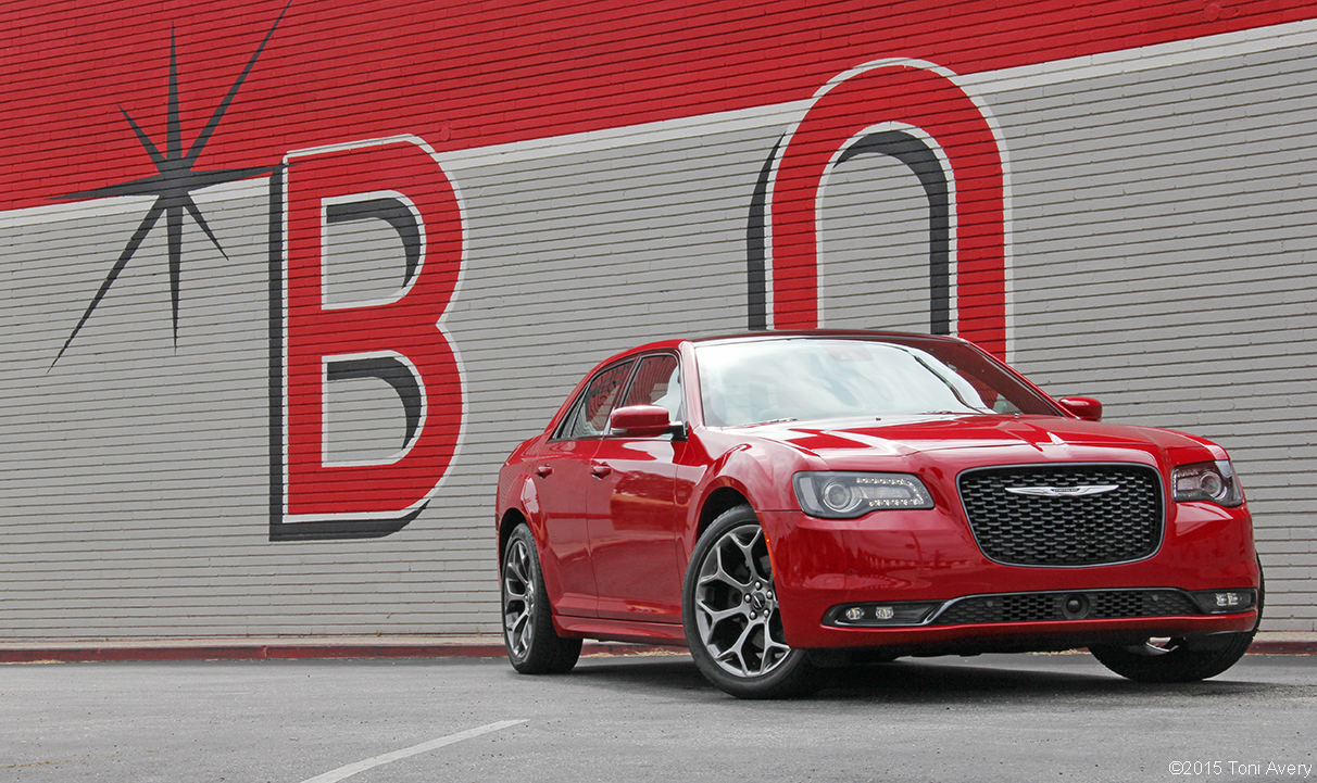 2015 Chrysler 300S Review