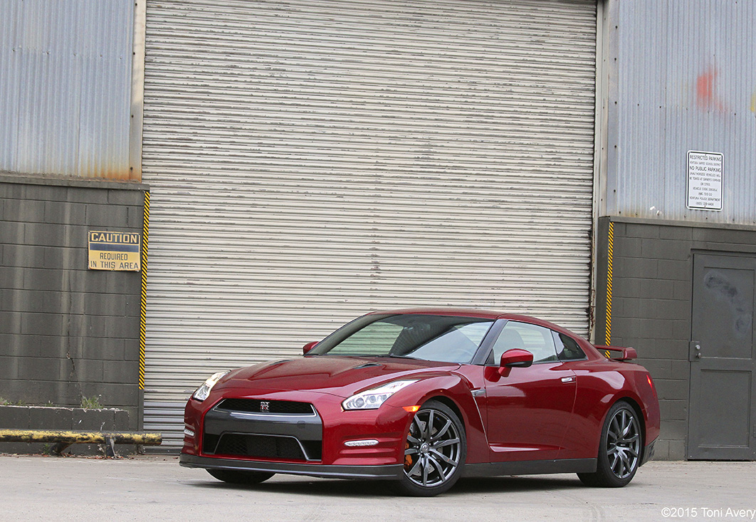 2015 Nissan GT-R Premium Review